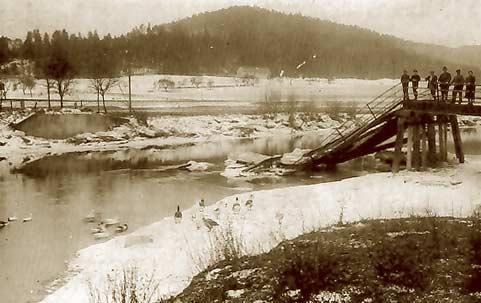 Zerstörte Neckarbrücke